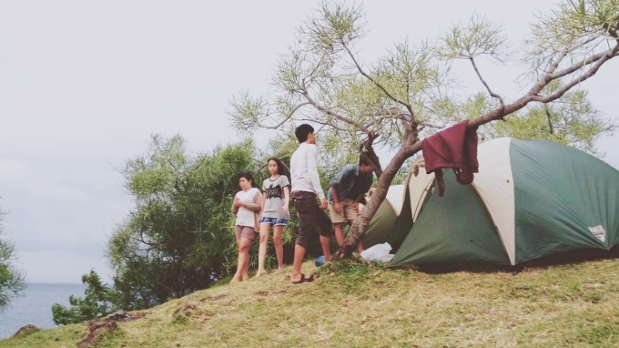 Camping in Bukit Asah Bali - Tent all set!